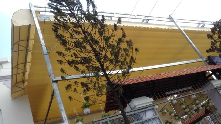 bạt kéo sân thượng