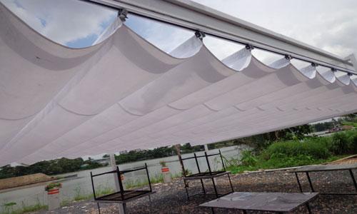 Lắp đặt mái che di động Bình Tân cho quán cà phê, nhà hàng
