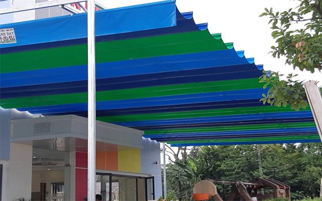Mái xếp bạt kéo di động đa màu sắc